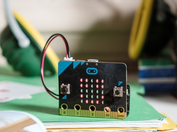 Connecting the BBC micro:bit with Nominet's IoT…